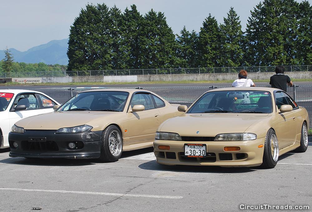 Fuji_Speedway_Beige_Nissan_Silvias